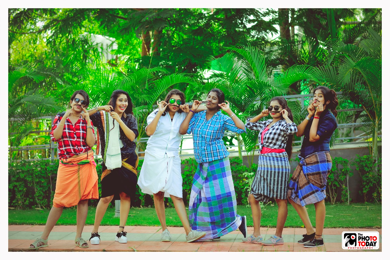 Hilarious poses that spiced up our bridesmaid photo shoot!!